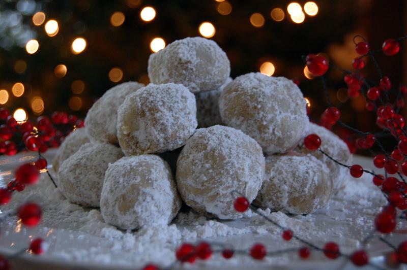 Gluten-Free Mexican Wedding Cookies Recipe (Snowball Cookies)