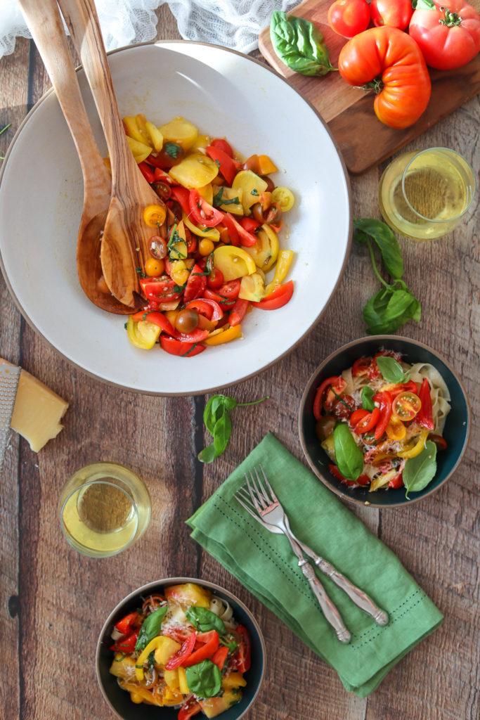 No Cook Fresh Tomato Sauce flatlay image