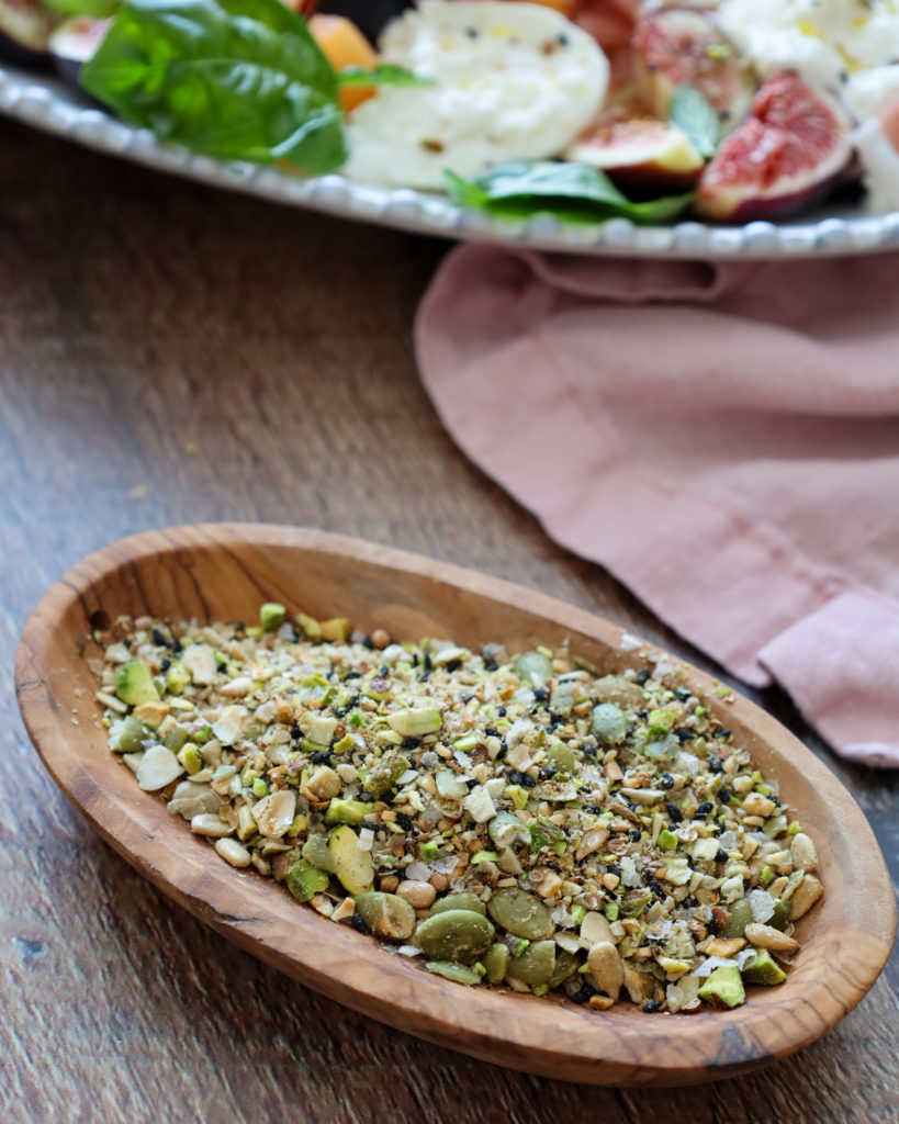 How to make homemade dukkah for salad